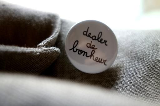 DealerDeBonheur_CePresentEstPourToi_badge